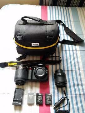 Cámara Dslr Nikon D5000 con Extras