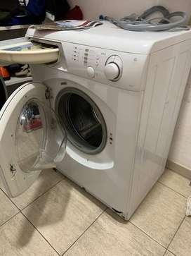 Lavarropas Ariston AVL95  - 16 programas de lavado