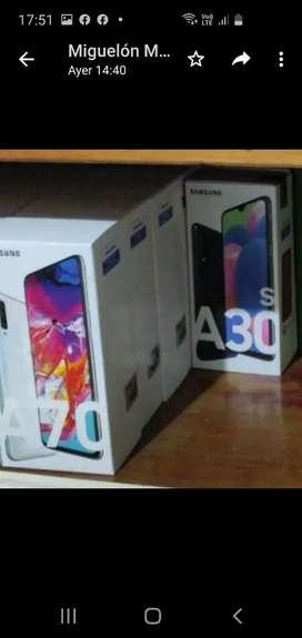 Samsung A30 y A70 a estrenar