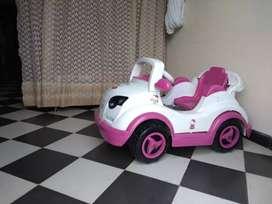 Vendo carro para niña