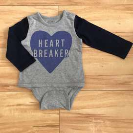 BODY REMERA GAP TALLE 18 A 24 MESES
