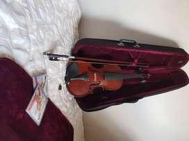 Violin greko usado
