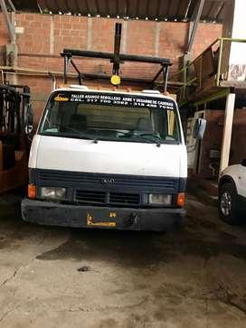 Vendo camión Kia k-3.500. Furgón en buen estado, documentos al día