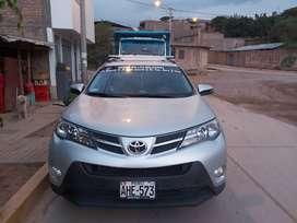Por ocasión vendo Toyota RAV4 en buen estado