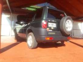 Land Rover inmaculada