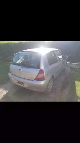 Vendo este hermoso Renault clio 2 pack 1 modelo 2009 unico dueño LISTO para transferir