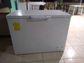 Congelador marca Evvo
