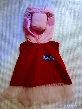 Vendo 2 disfraz para niña pepa ping y pollito amarillito