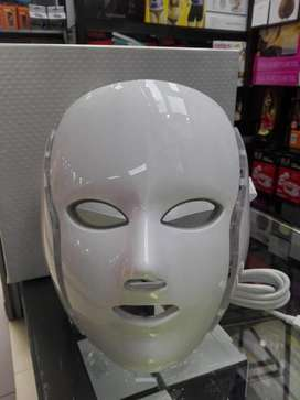mascara de rayos ultravioleta para todo tipo de problemas de piel