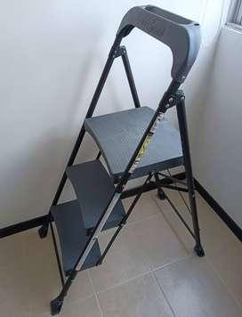 Escalera Gorila 3 Pasos 1.3mt Acero Negra