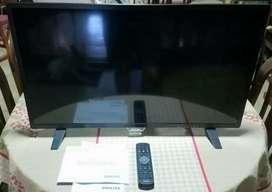 """Vendo TV LED 32"""" PHILIPS  NUEVO!!"""