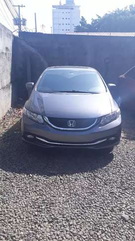 Se vende Honda Civic 1.8 Ex, Negociable.
