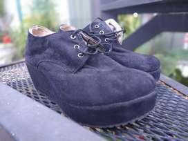 Zapatos de Gamuza