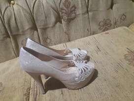 Zapatos de tacos brillante