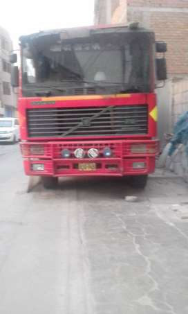 VENDO VOLQUETE VOLVO MODELO F12 segunda mano  Perú