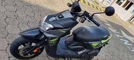 Yamaha bws f1 2020 negra verde