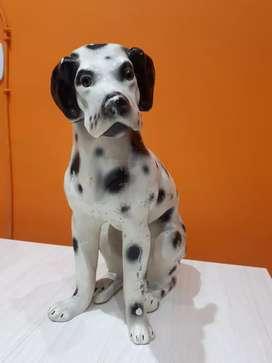 Estatua perro dalmata