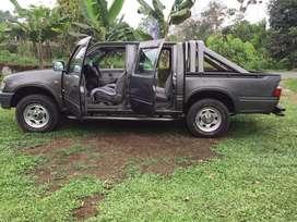 Camioneta chevrolet luv C/D V6 4x4 T/M Inyec