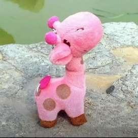 Llavero jirafa rosa