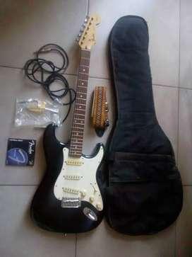 Guitarra Fender Statocaster Japonesa año1994