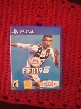 Vendo juego FIFA 19 PARA PS4 NO PERMUTO
