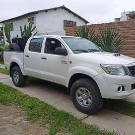 TOYOTA HILUX 4X4 USO PARTICULAR