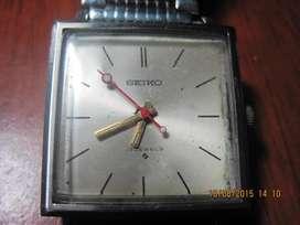 vendo cambio permuto clasico reloj ., SEIKO ., de cuerda ., japones .,