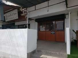 Alquilo local comercial Urdesa