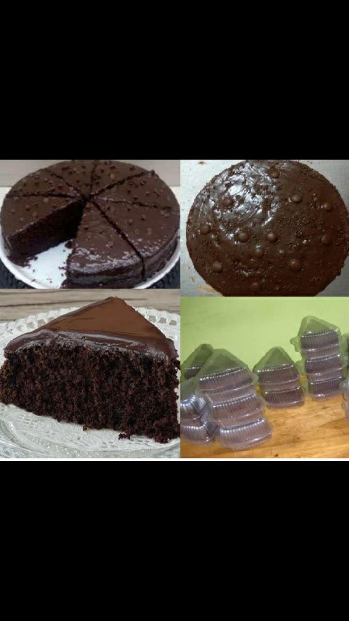 Torta Chocolate. Húmeda con capa de chocolate y chispas 0