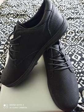 Zapatos de hombre, marca Bass