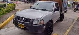 Nissan d22 gasolina excelente estado carroceria