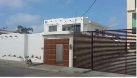 Vento casa rentera con piscina,  Salinas, cerca del Malecon