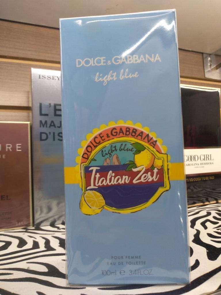 Light Blue Italian Zest Dama