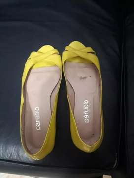 Paruolo - Chatitas amarillas Nro 36 para evento o fiesta