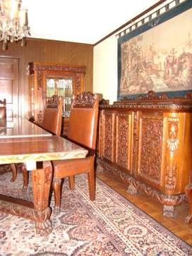 Mueble comedor de talla española