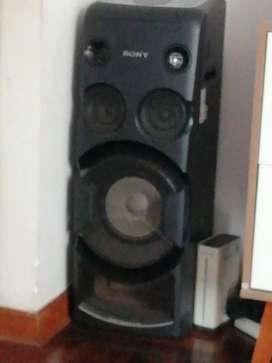 Equipo de sonido tipo columna SONY
