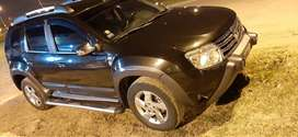 Vendo renault duster los pumas version limitada 4x2