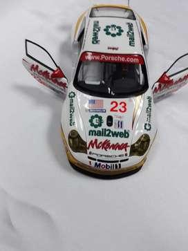 PORSCHE 911 GT3 RSR SEBRING 2004
