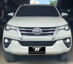 Persiana Parrilla Toyota Fortuner 2017 2020 Original con factura en su caja
