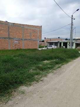 Se vende Lote esquinero para construir vivienda en Pitalito-Huila