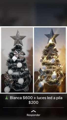 Arbolitos de navidad decorados con o sin luces a pila. 50cm