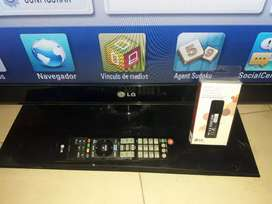 Vendo SMART tv LG 42 SIN DETALLES