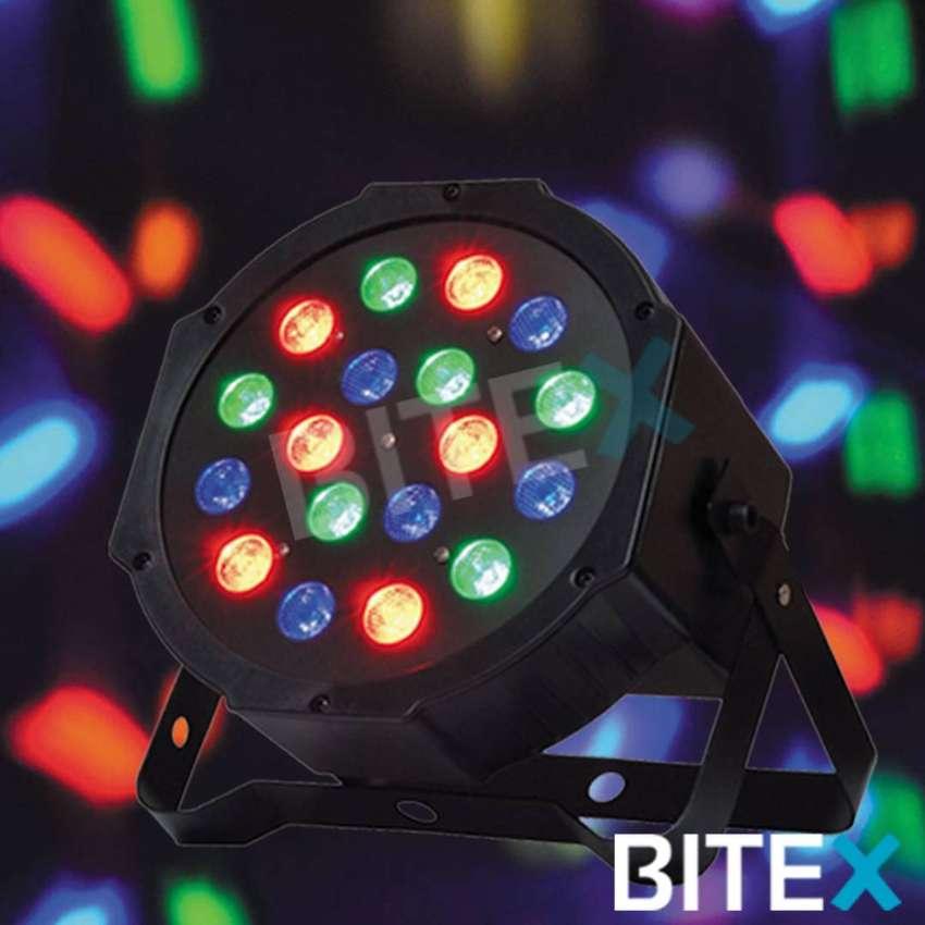 TACHOS PROTONES RGB 18 LED 0