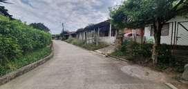 SE VENDE   LA VICTORIA Valle   Terreno de 700.5 Metros cuadrados   con casa de habitación en obra negra