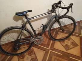 Se vende o permuta bicicleta de ruta