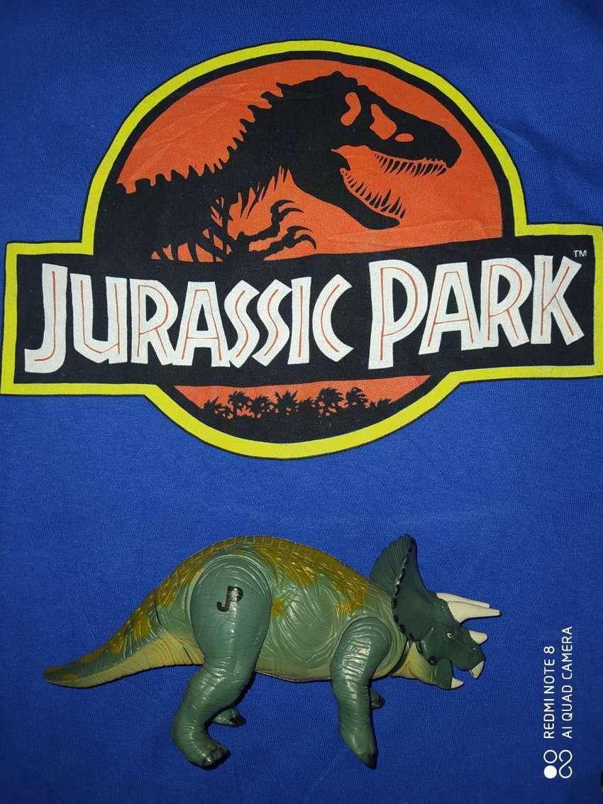 Jurassic park DINOSAURIO triceratops jurassic world