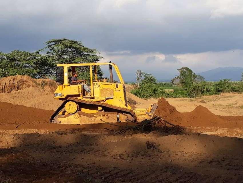 Maquinaria Caterpillar Usado -Tractor de Orugas 0