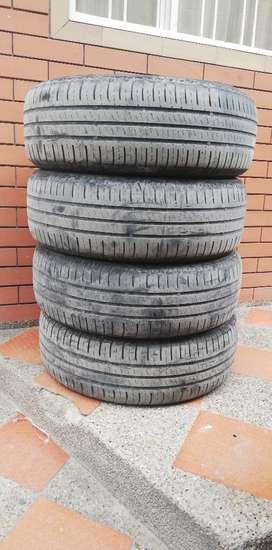 Llantas Nexen 215 65 R16 Usadas
