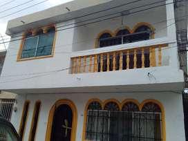 casa grande bonita y con serramiento privado