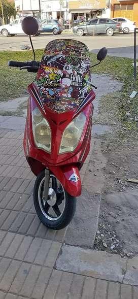 Vendo moto electrica funcionando